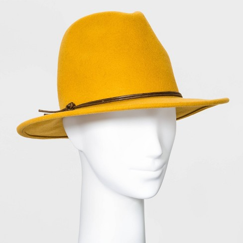 Women's Felt Fedora Hat - Universal Thread™ - image 1 of 2