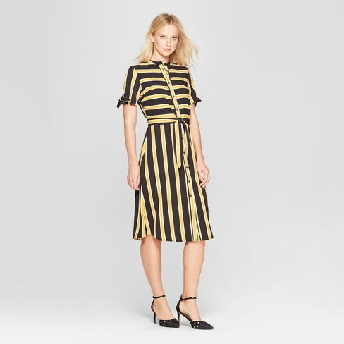 2f064d11 ... line of clothes gets me everytime. 🥰 #iwantitall X O s • • • #target  #targetstyle #whowhatwearcollection #wearwhatyoulove #strips #classicstyle  ...