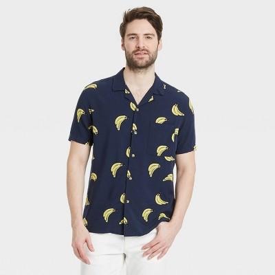 Men's Regular Fit Camp Collar Short Sleeve Button-Down Shirt - Goodfellow & Co™