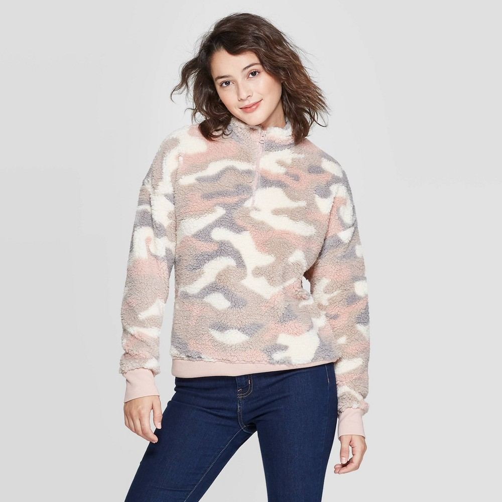 Image of Women's Camo Print Long Sleeve 1/4 Zip Sherpa Sweatshirt - Grayson Threads (Juniors') - Pink L, Women's, Size: Large