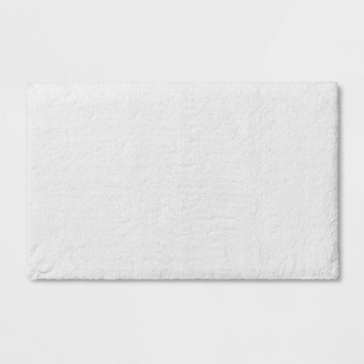 "21""x34"" Bath Rug White - Threshold Signature™"