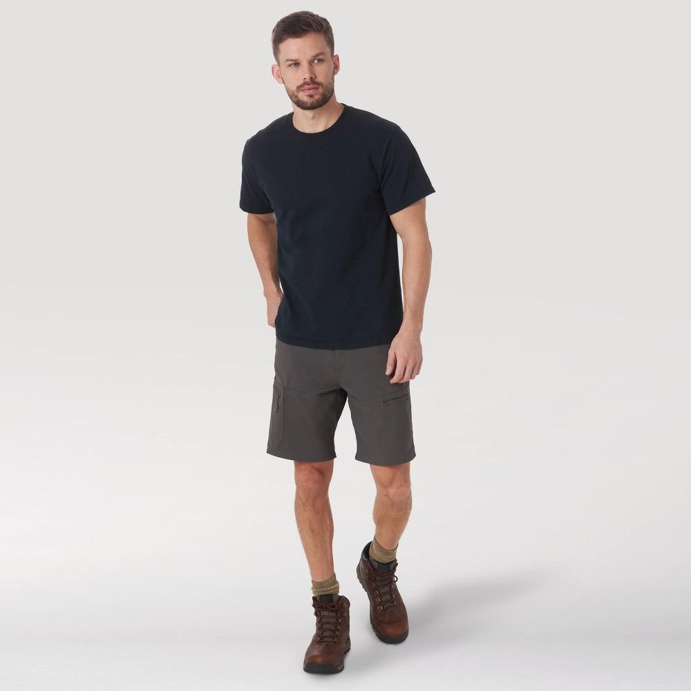 Wrangler Men 39 S 9 34 Outdoor Cargo Shorts Asphalt 30