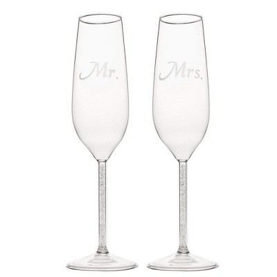 Juvale 2 Piece Set Wedding Champagne Toasting Flutes - Engraved Mr. and Mrs. Glasses