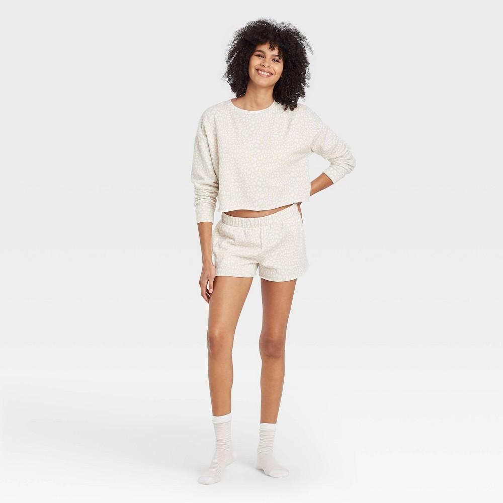 Women 39 S Leopard Print Fleece Lounge Shorts Colsie 8482 White Xl