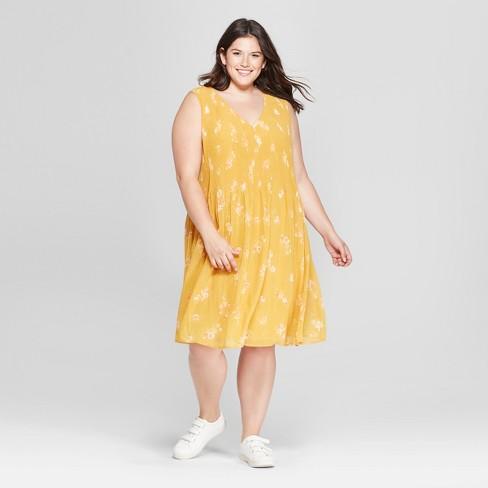 Womens Plus Size Floral Print Pleated Sundress Ava Viv Yellow
