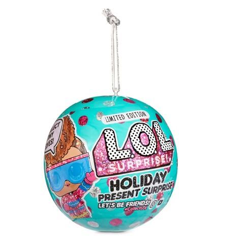 L.O.L. Surprise! Holiday Present Surprise Dolls with 7 Surprises including Surprise Tiny Elves - image 1 of 4