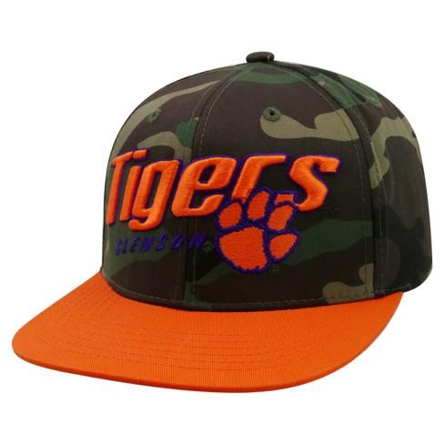 34a54f441db NCAA Men s Dash Adjustable Flat Bill Two-Tone Hat
