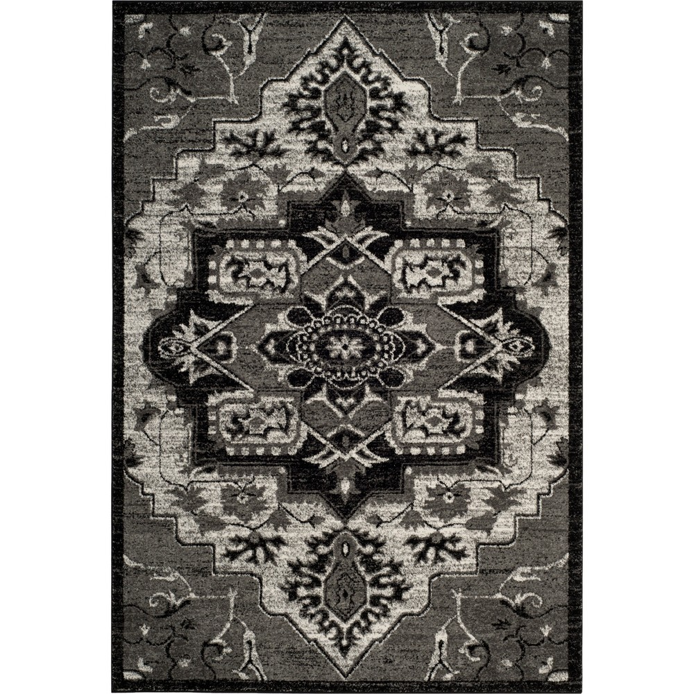 4'X6' Medallion Loomed Area Rug Gray - Safavieh