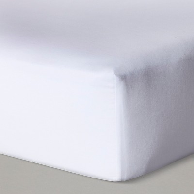 Fitted Crib Sheet Solid - Cloud Island™ White