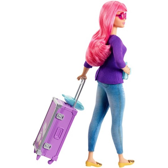 Barbie Daisy Travel Doll & Kitten Playset image number null