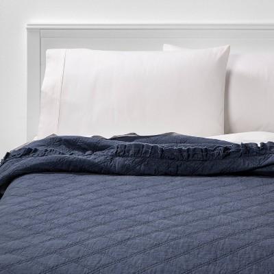 Full/Queen Vintage Washed Ruffle Quilt Indigo - Threshold™