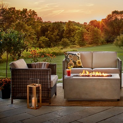 Cozy Outdoor Lounge Collection