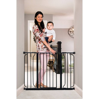 Regalo Extra Wide Easy Step Metal Walk -Through Baby Gate - Black