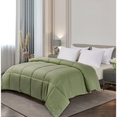 Microfiber Down Alternative Comforter (Full/Queen)Sage