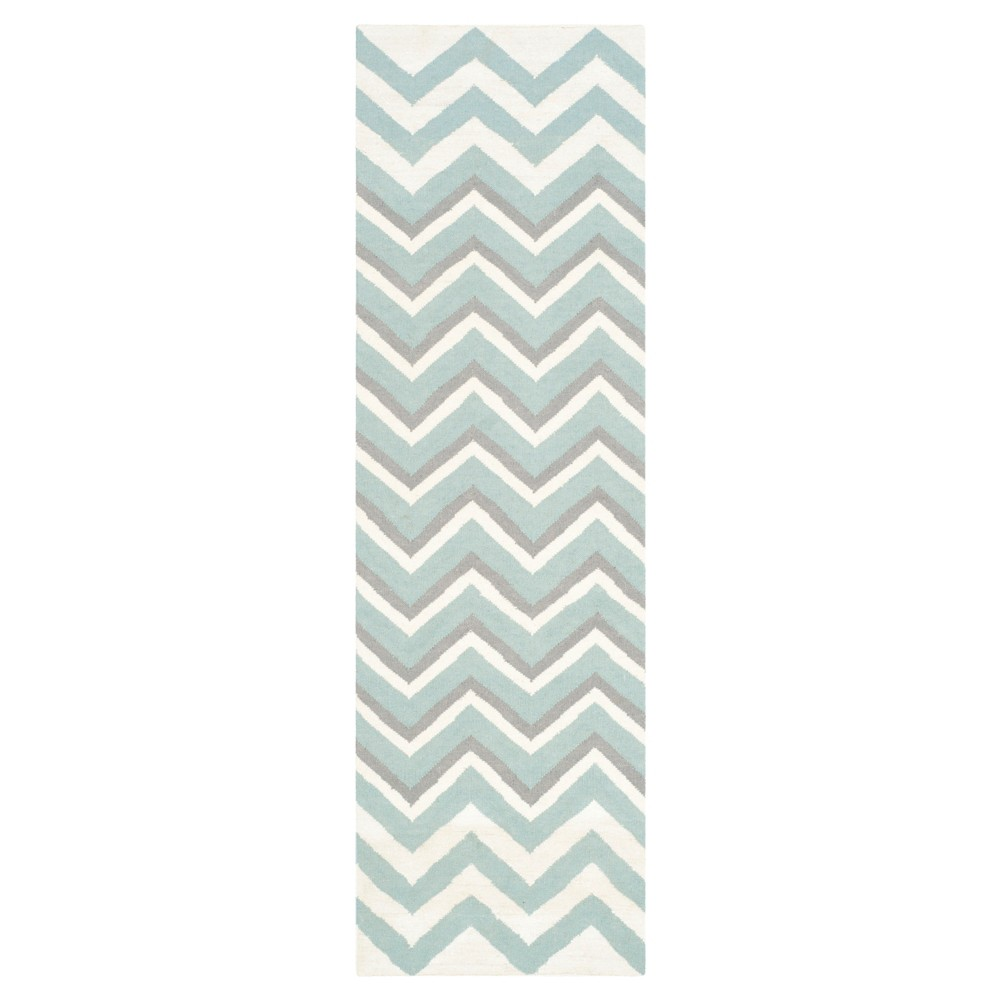 Gisele Dhurrie Accent Rug - Blue / White (2'6 X 8') - Safavieh