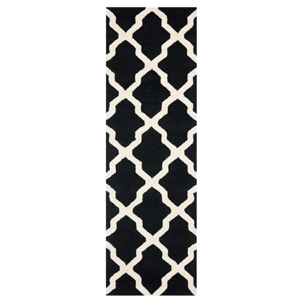Maison Runner - Black/Ivory ( 2'6 X 20') - Safavieh