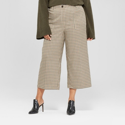 bbab2fe283267 Women s Plus Size Wide Leg Cropped Suiting Pants - Who What Wear™