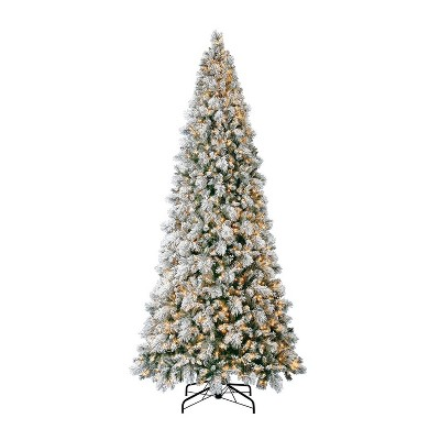Home Heritage 12 Foot Snowdrift Snow Flocked Quick Set Pine Prelit Artificial Christmas Tree w/ Clear White Lights, Pinecones, Berries, & Metal Stand