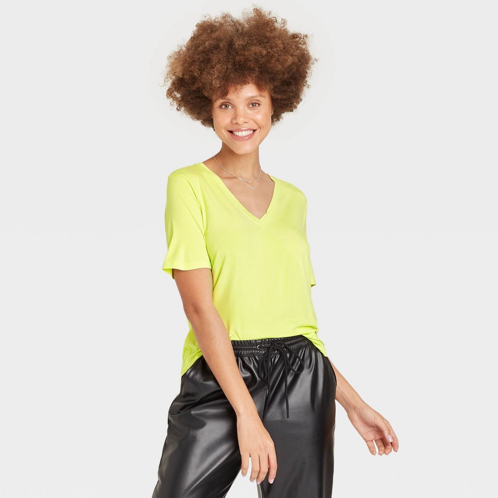 Women 39 S Short Sleeve V Neck T Shirt A New Day 8482 Light Green Xl