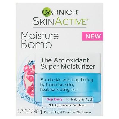 Facial Moisturizer: Garnier SkinActive Moisture Bomb The Antioxidant Super Moisturizer
