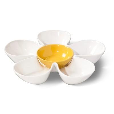 BIA Cordon Bleu 14.5  Daisy Chip-n-Dip Platter