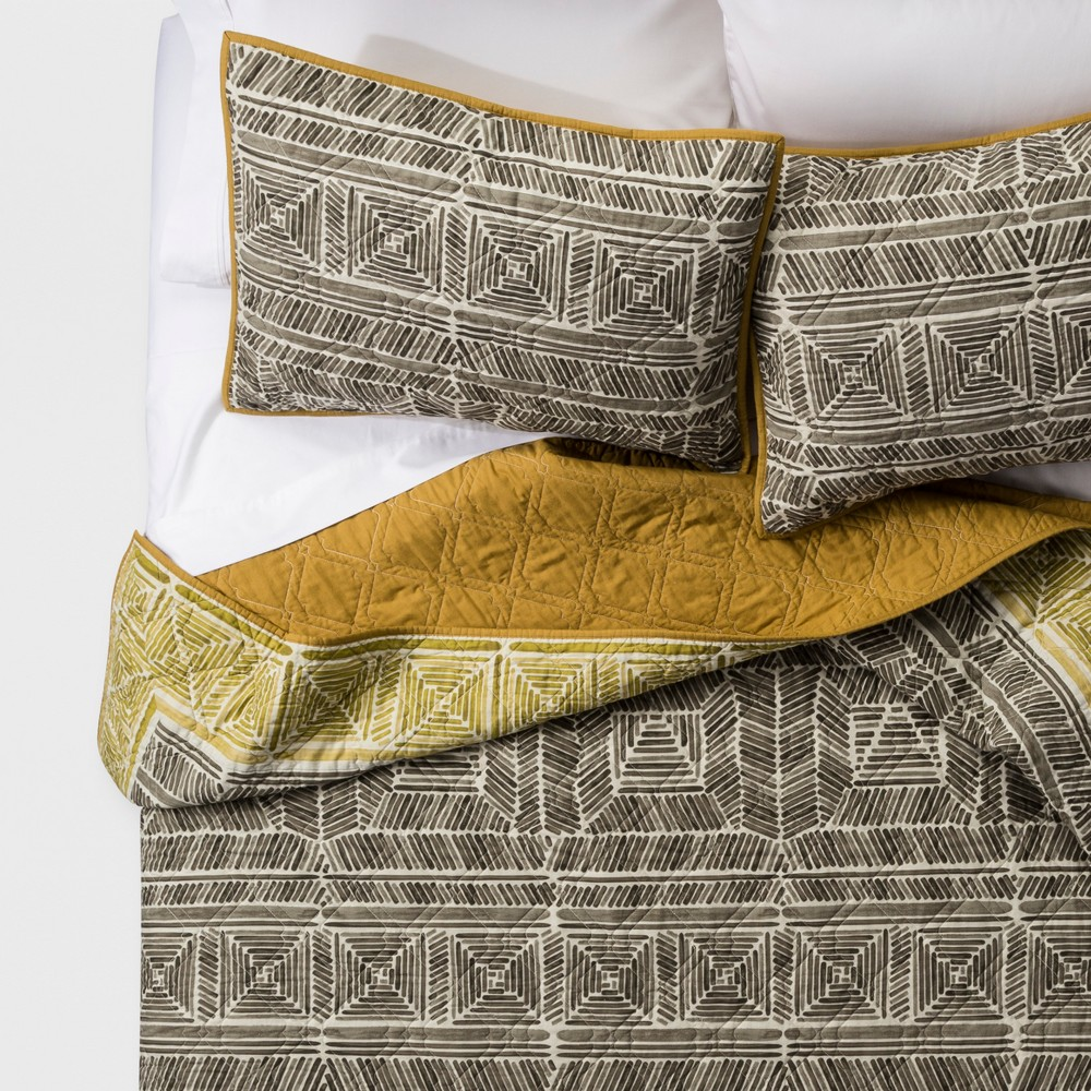 Image of Green Pinta Print Quilt Set (Full/Queen) - Justina Blakeney for Makers Collective, Gray