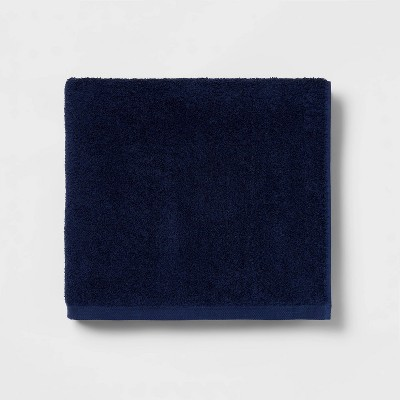 Everyday Bath Towel Navy - Room Essentials™