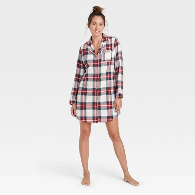 Women's Perfectly Cozy Plaid Flannel Nightgown - Stars Above™ Off-White