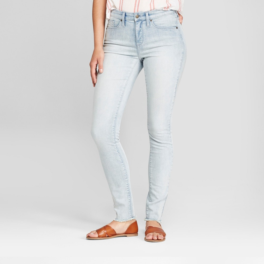 Women's High-Rise Skinny Jeans - Universal Thread Light Wash 8 Long, Blue