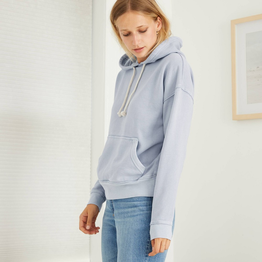 Women 39 S Hooded Fleece Sweatshirt Universal Thread 8482 Light Blue S