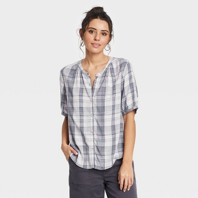Women's Short Sleeve Tie-Front Button-Down Blouse - Universal Thread™