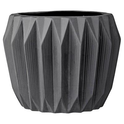 Ceramic Fluted Flower Pot - Black (7 )- 3R Studios