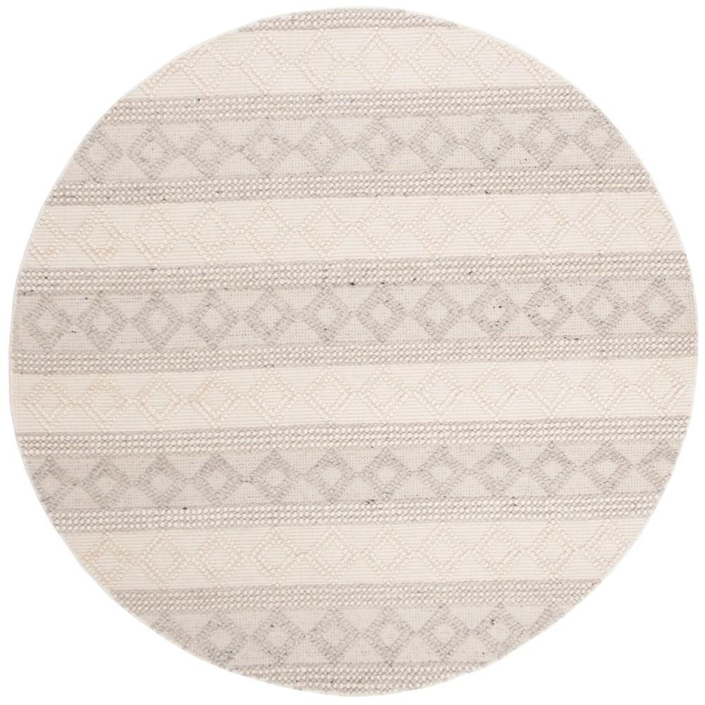 6' Woven Geometric Round Area Rug Gray - Safavieh