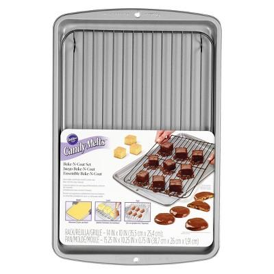 Wilton Candy Melts 2pc Bake-N-Coat Set