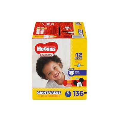 Huggies Snug & Dry Diapers Giant Pack - Size 5 (136ct)