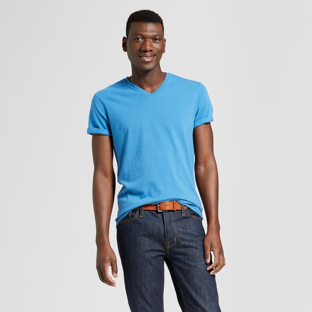 Men's Standard Fit Short Sleeve V-Neck T-Shirt - Goodfellow & Co Blue Beam M