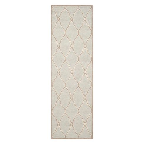 2 6 Quot X10 Quatrefoil Design Runner Light Gray Ivory