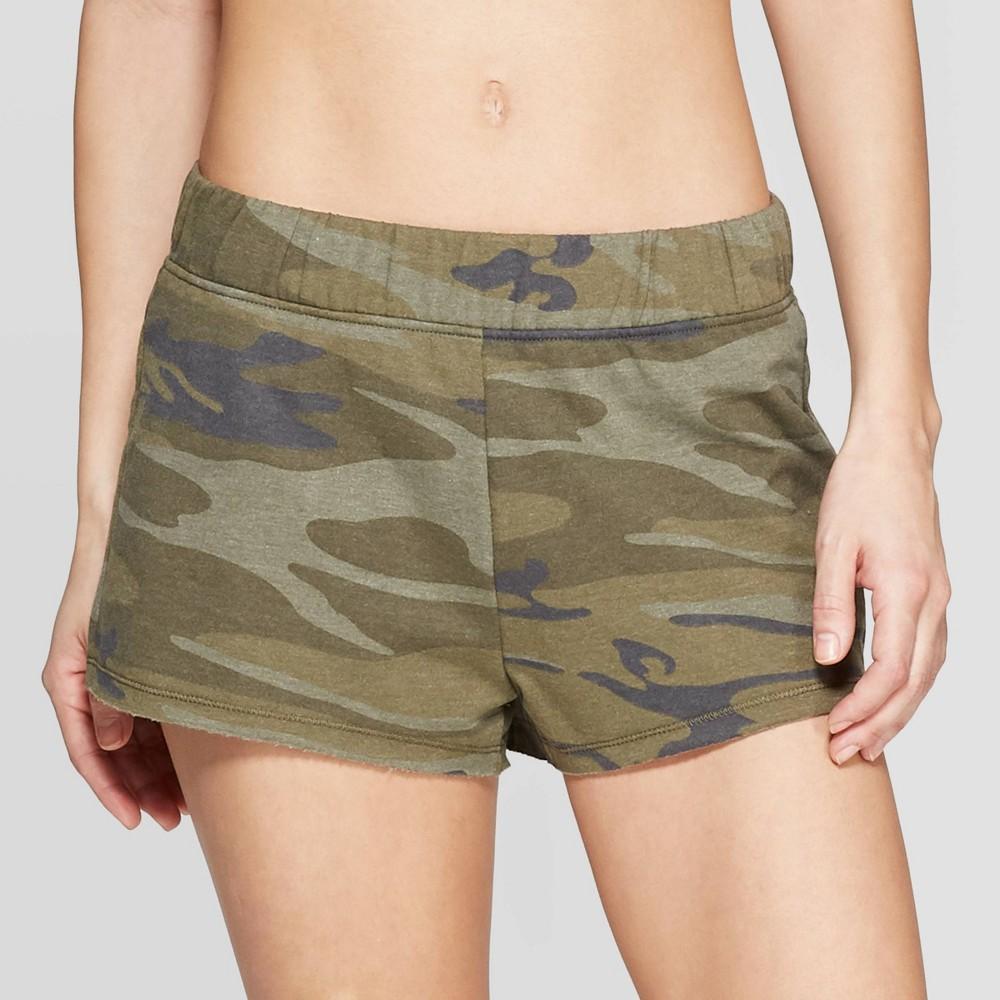 Weekend Soul Women's Camo Print Pajama Shorts - Green L