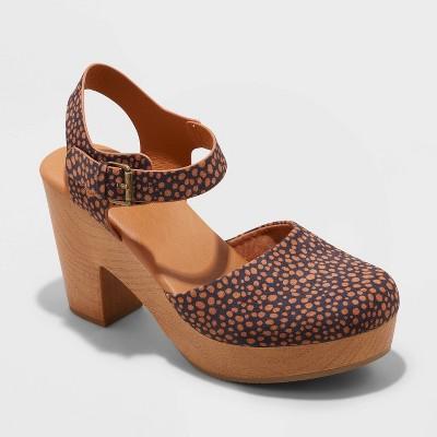 Women's Marcia Heels - Universal Thread™ Brown