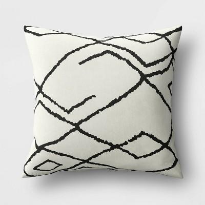 Throw Pillow Vine Diamond Black/White - Project 62™