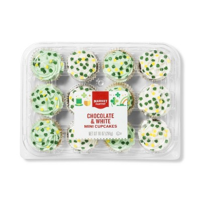 St. Patrick's Day Chocolate and White Mini Cupcakes - 10oz - Market Pantry™