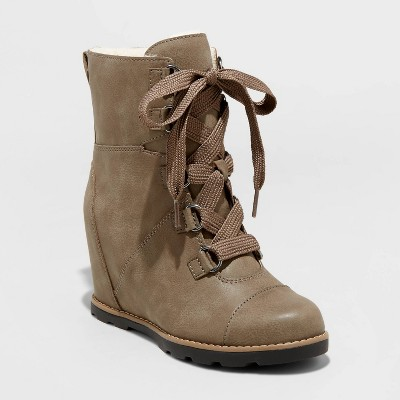 Women's Katherine Faux Leather Lace-Up Wedge Boots - Universal Thread™ Gray 11