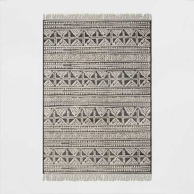 7' x 10' Tasseled Outdoor Rug Charcoal - Opalhouse™