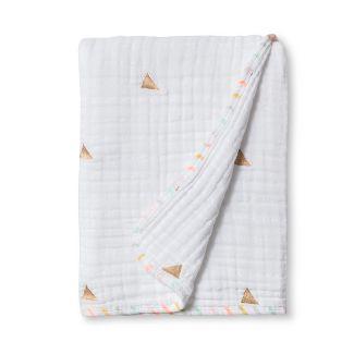 Muslin Quilt Blanket Metallic Gold Triangles - Cloud Island™ True White