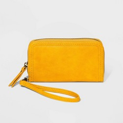 Zip Closure Wristlet - Universal Thread™
