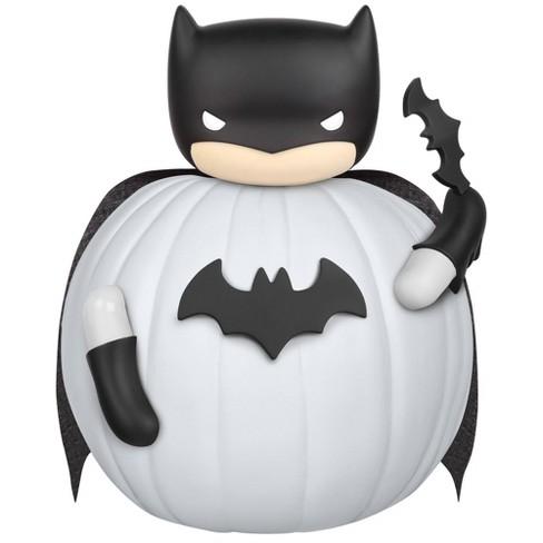 Batman 7pc Halloween Pumpkin Push-In Decorating Kit - image 1 of 2