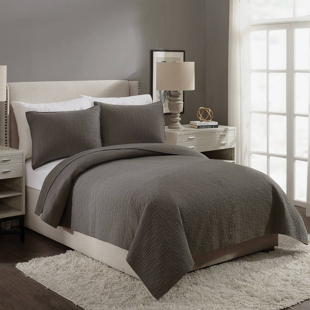 Image of Ayesha Curry Full/Queen Labyrinth Quilt Gray