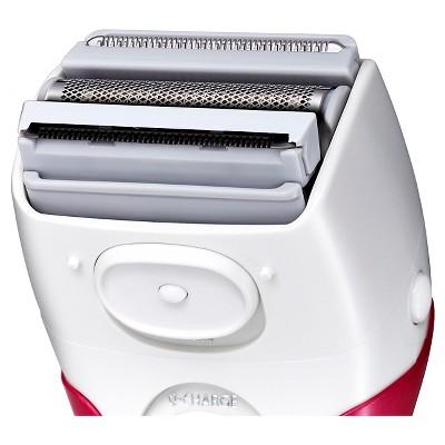 Panasonic Close Curves 3-Blade Wet & Dry Women's Rechargeable Electric Shaver - ES2207P