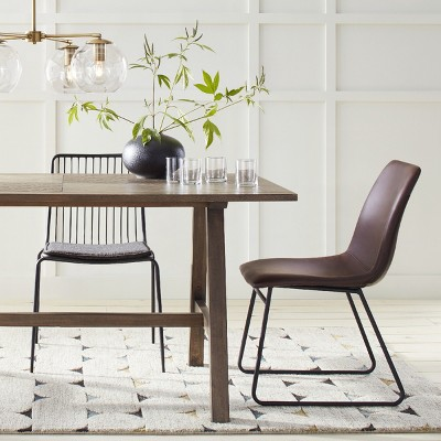 Simplistic Modern Dining Room Furniture With Accent Lighting ...