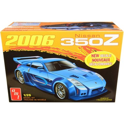 Skill 2 Model Kit 2006 Nissan 350Z 1/25 Scale Model by AMT